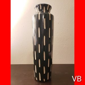 Decorative Black & White Large Vase
